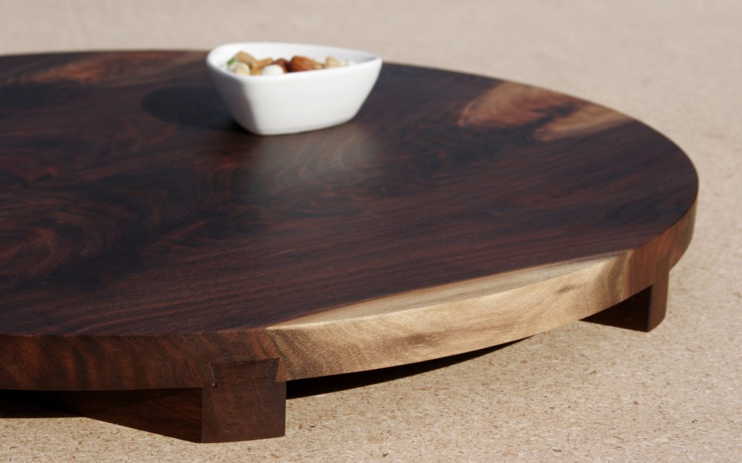 Walnut geta board round