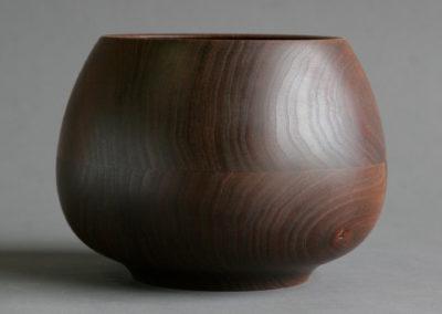 Ashpot Bowl in Walnut