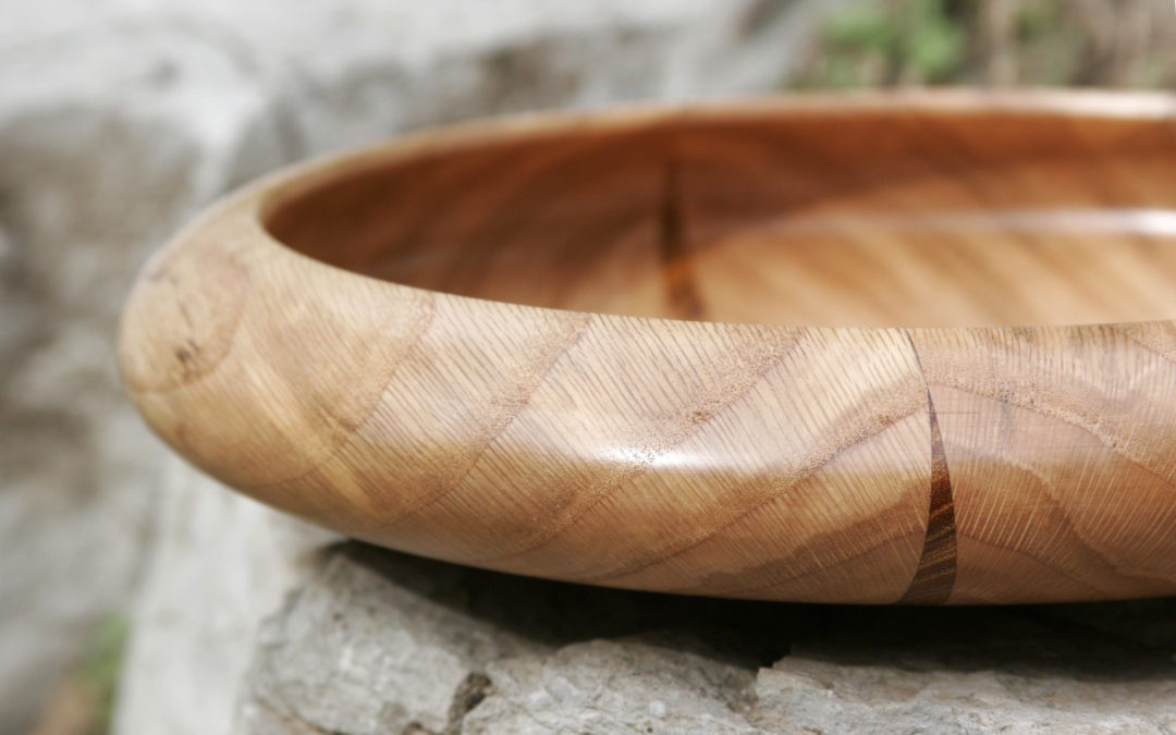 Bowl Wide Flat with Roundover Lip and Osage Stroke